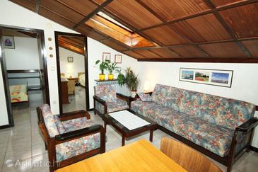 Fažana, Camera di soggiorno nell'alloggi del tipo apartment, condizionatore disponibile e WiFi.