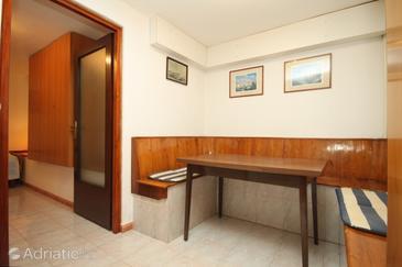 Fažana, Dining room in the apartment, WIFI.