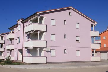 Valbandon, Fažana, Obiekt 7269 - Apartamenty ze żwirową plażą.
