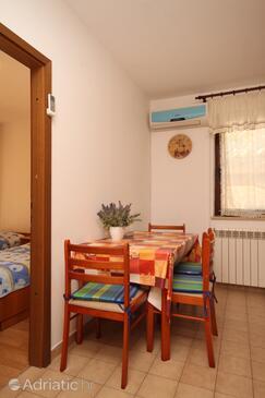 Fažana, Jídelna v ubytování typu apartment, s klimatizací a WiFi.