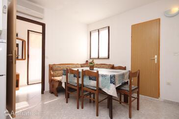 Fažana, Jadalnia w zakwaterowaniu typu apartment, Dostępna klimatyzacja, zwierzęta domowe są dozwolone i WiFi.
