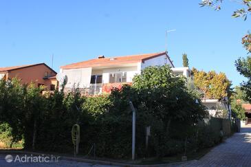Fažana, Fažana, Objekt 7283 - Ubytování s oblázkovou pláží.