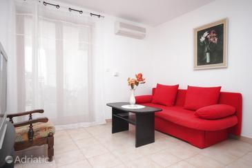 Fažana, Living room in the apartment, dostupna klima, dopusteni kucni ljubimci i WIFI.