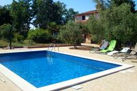 Family friendly apartments with a swimming pool Jadreški (Pula) - 7292