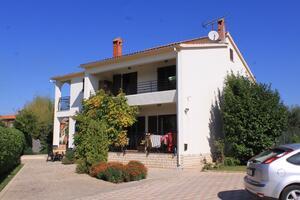 Apartmány s parkovištěm Valbandon (Fažana) - 7304