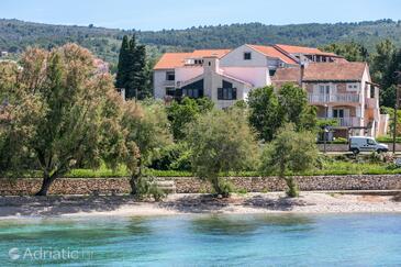 Mirca, Brač, Imobil 732 - Cazare în apropierea mării cu plajă cu pietriș.
