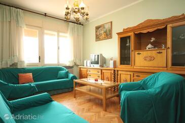 Pula, Living room in the apartment, dostupna klima i WIFI.