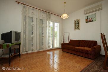 Premantura, Living room in the apartment, dostupna klima i WIFI.