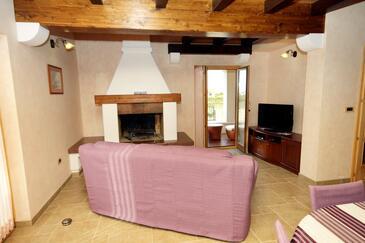 Kanfanar, Pokój dzienny 1 w zakwaterowaniu typu house, Dostępna klimatyzacja i WiFi.