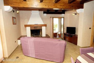 Kanfanar, Living room 1 in the house, dostupna klima i WIFI.