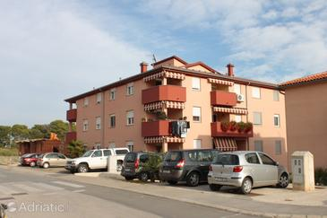 Pula, Pula, Property 7340 - Apartments with pebble beach.