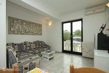 Valbandon, Obývací pokoj v ubytování typu apartment, dostupna klima i WIFI.