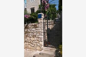 Apartments by the sea Milna (Brač) - 735
