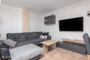 Valbandon, Obývací pokoj v ubytování typu apartment, domácí mazlíčci povoleni a WiFi.