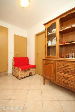 Valbandon, Living room in the apartment, (pet friendly) and WiFi.