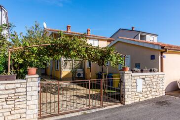 Valbandon, Fažana, Obiekt 7352 - Apartamenty ze żwirową plażą.