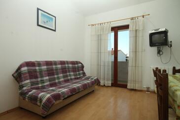 Valbandon, Obývací pokoj v ubytování typu apartment, s klimatizací a WiFi.