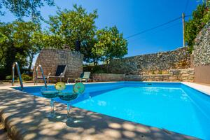 Family friendly apartments with a swimming pool Krnica (Marcana) - 7357