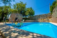 Family friendly apartments with a swimming pool Krnica (Marčana) - 7357