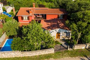 Family friendly apartments with a swimming pool Krnica, Marčana - 7357