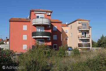 Peroj, Fažana, Property 7376 - Apartments with pebble beach.