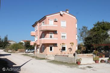 Medulin, Medulin, Property 7381 - Apartments with sandy beach.