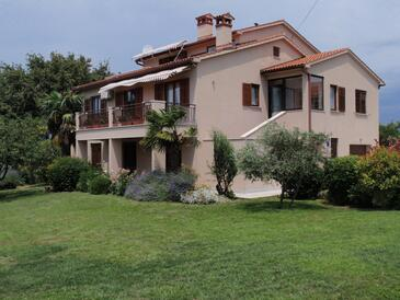 Presika, Labin, Propiedad 7390 - Apartamentos with pebble beach.