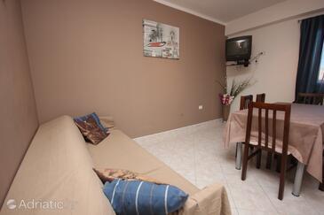 Štrmac, Living room in the apartment, dopusteni kucni ljubimci i WIFI.