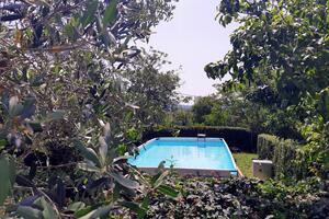 Дом для отдыха с бассейном Чепич - Čepić (Средняя Истрия - Središnja Istra) - 7403