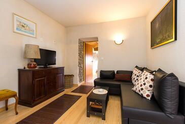 Kožljak, Obývacia izba 1 v ubytovacej jednotke house, dostupna klima, dopusteni kucni ljubimci i WIFI.