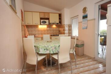 Funtana, Dining room in the apartment, dopusteni kucni ljubimci i WIFI.