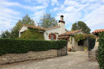 Sveti Martin, Središnja Istra, Property 7415 - Vacation Rentals with pebble beach.