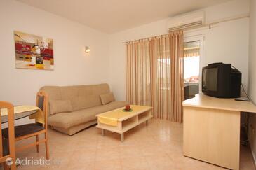 Štinjan, Obývací pokoj v ubytování typu apartment, s klimatizací a WiFi.