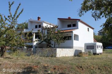 Štinjan, Pula, Property 7425 - Apartments with pebble beach.
