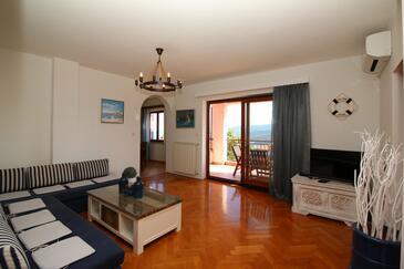 Rabac, Obývací pokoj v ubytování typu apartment, s klimatizací a WiFi.