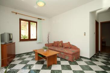 Rabac, Living room in the apartment, air condition available and WiFi.
