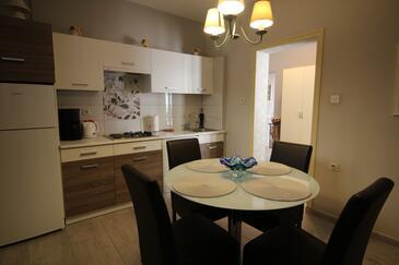 Kuchyně    - A-7441-b