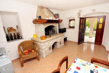 Šušnjevica, Living room in the house.