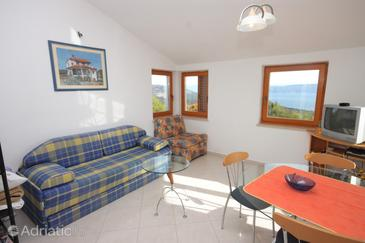 Junac, Living room in the apartment, dopusteni kucni ljubimci i WIFI.