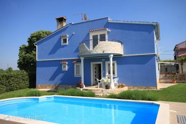 Štokovci, Središnja Istra, Property 7458 - Apartments with pebble beach.
