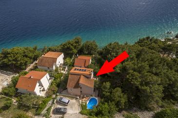 Medići, Omiš, Property 7461 - Apartments near sea with pebble beach.