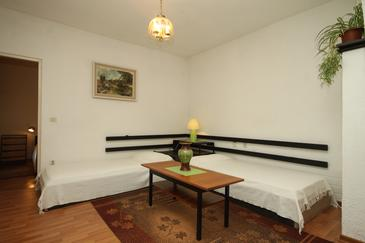 Rabac, Dnevni boravak u smještaju tipa apartment, kućni ljubimci dozvoljeni i WiFi.