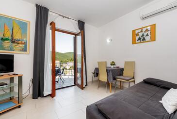 Rabac, Obývací pokoj v ubytování typu apartment, WiFi.
