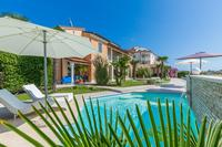 Family friendly apartments with a swimming pool Medulin - 7479