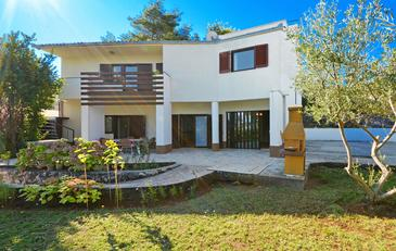 Slatine, Čiovo, Property 748 - Vacation Rentals near sea with pebble beach.