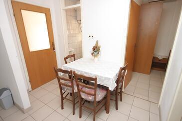 Medići, Jedáleň v ubytovacej jednotke apartment, WiFi.