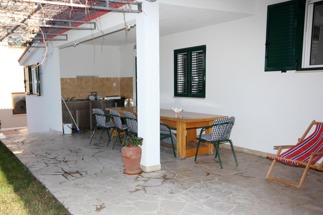 Ferienwohnung im Ort Ra~anj (Rogoznica), Kapazität 6+3 (2143252), Ražanj, , Dalmatien, Kroatien, Bild 12