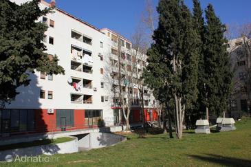 Split, Split, Property 7502 - Apartments with pebble beach.