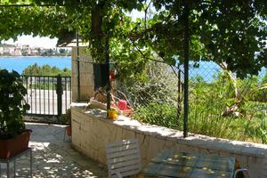 Apartments by the sea Seget Vranjica, Trogir - 7508