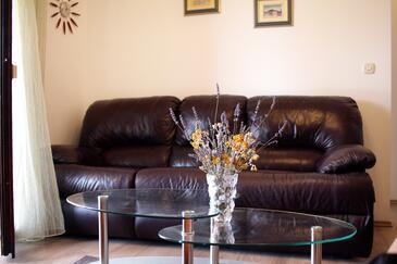 Vinišće, Living room in the house, WIFI.